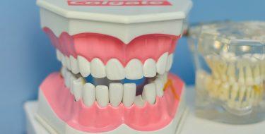 Dlaczego i kiedy należy wybrać się z dzieckiem do ortodonty?