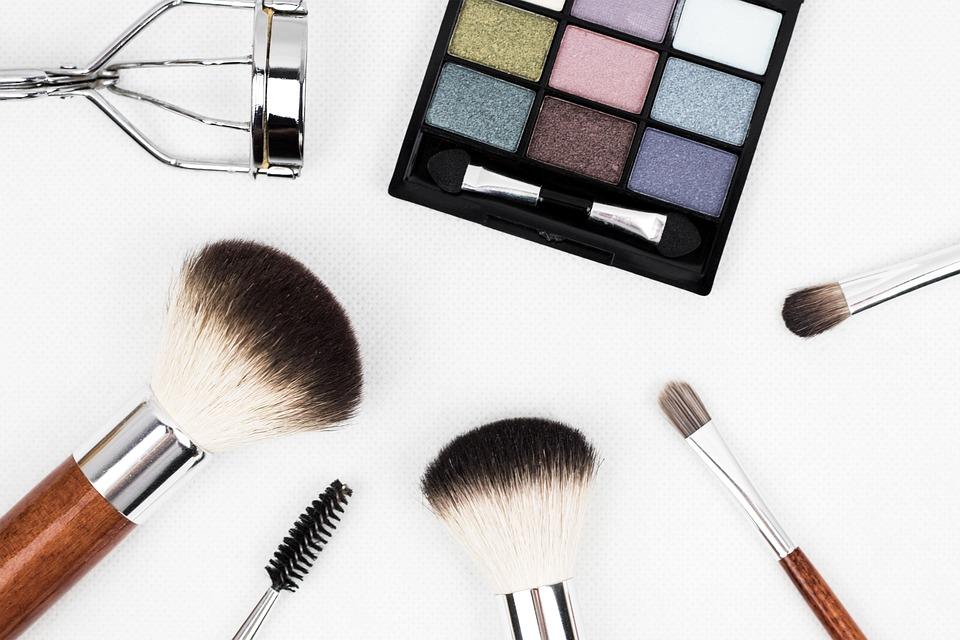 Jak wybrać salon kosmetyczny?